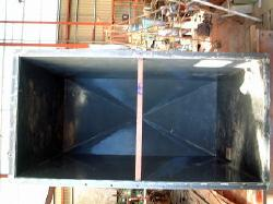 また、こちらの写真のような金属タンクへの塩ビライニング加工も行っていますので金属の腐食でお困りの際はお気軽にお問い合わせください。