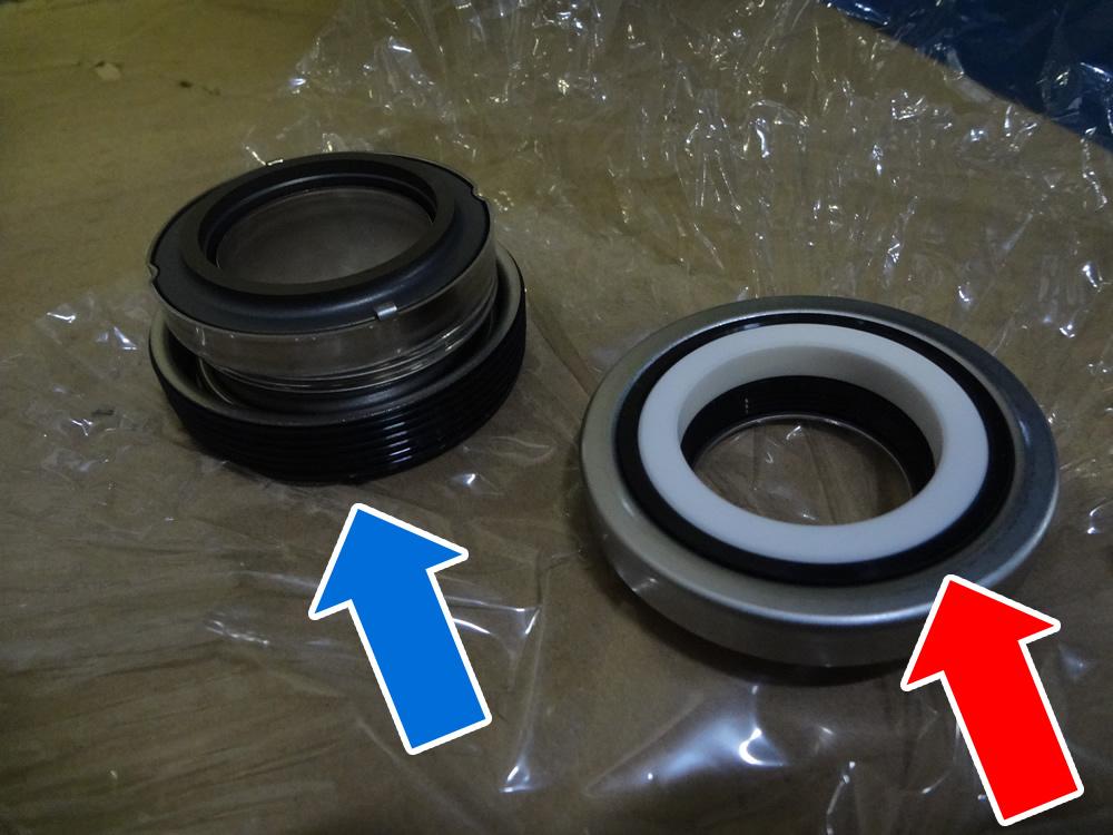 固定環:青 カーボン、回転環:赤 セラミック