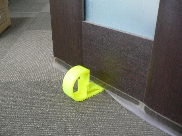 ドアストッパー使用例