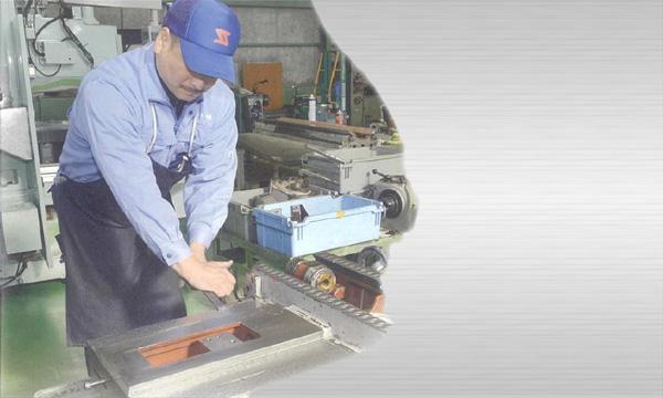 あらゆる工作機械のオーバーホール 出張修理・改造 NCリプレース